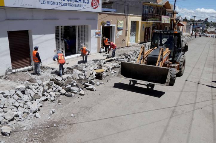 Rehabilita Secoduvi calles de Nanacamilpa