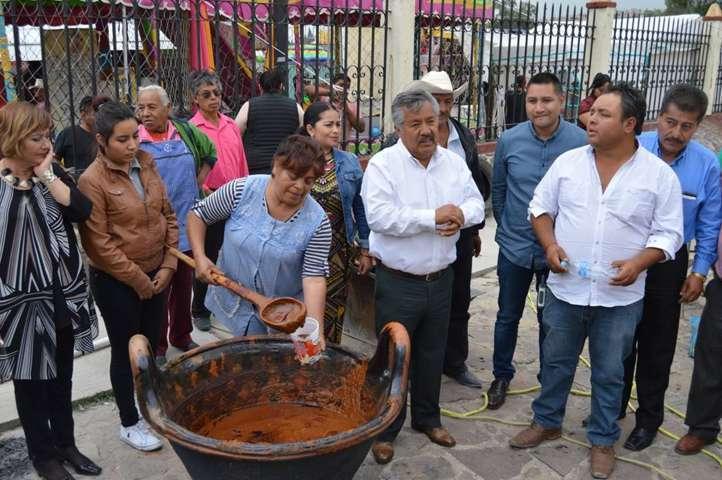 Alcalde le apuesta a la superación del municipio con obras y acciones