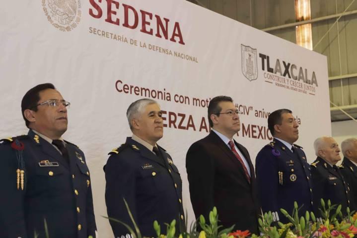 Encabeza Marco Mena CIV Aniversario de la Fuerza Aérea Mexicana