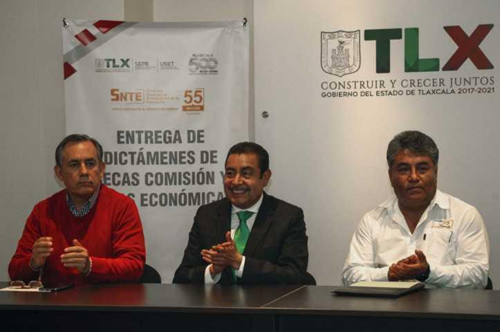 Reconoce Florentino Domínguez compromiso y labor de docentes y administrativos