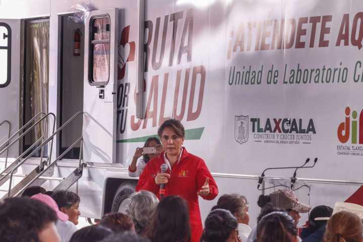 Inaugura Sandra Chávez Ruta Por Tu Salud en Atlangatepec