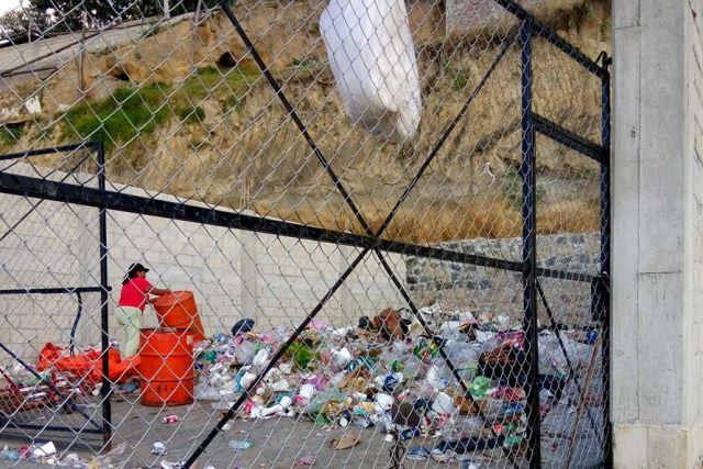 Localidad de San Miguel del Milagro convertida en basurero