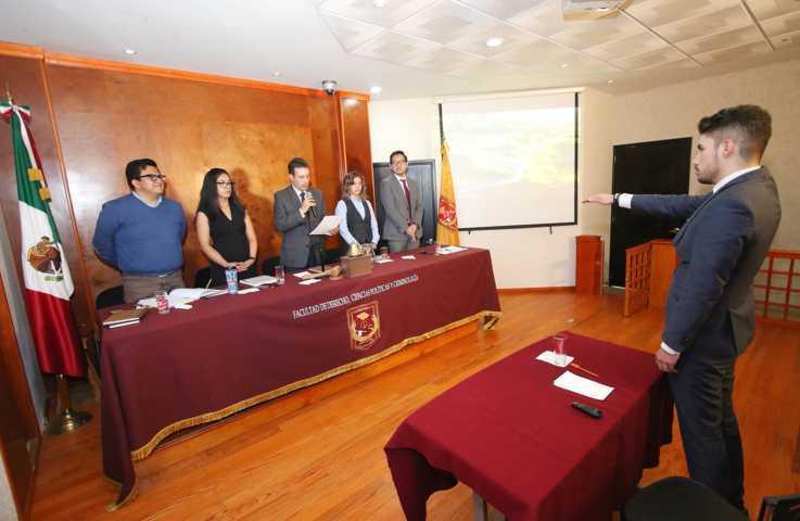 Celebra UATx primer examen de titulación de la Maestría Interinstitucional en DH