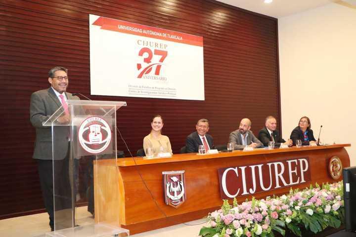 Conmemoró CIJUREP de la UATx su 37 Aniversario