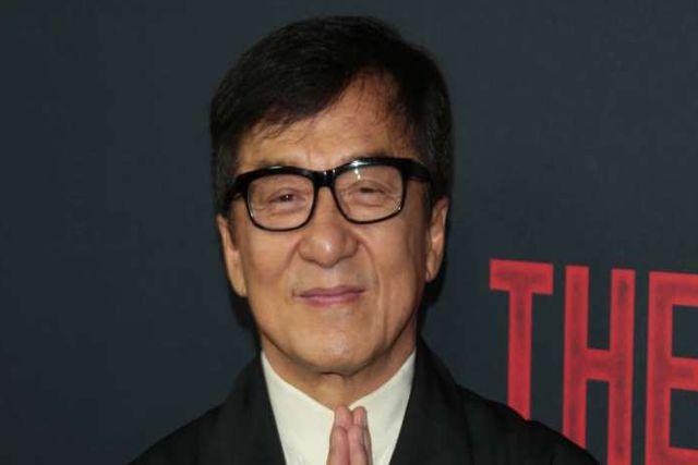 Jackie Chan donará 143 mil dólares a quien fabrique vacuna contra el coronavirus
