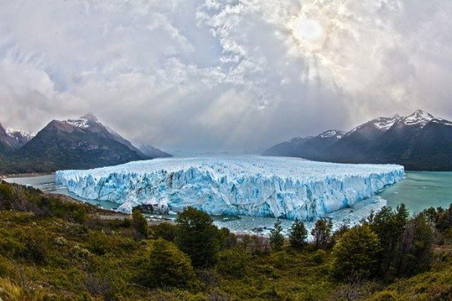 Registra Groenlandia los peores años al perder miles de toneladas de hielo