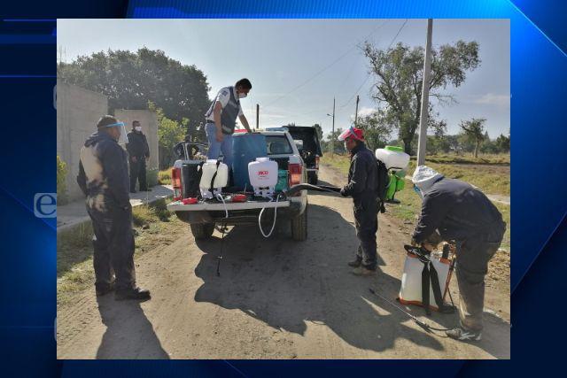 Un mes de sanitización diaria en Santa Cruz Tlaxcala y sus comunidades