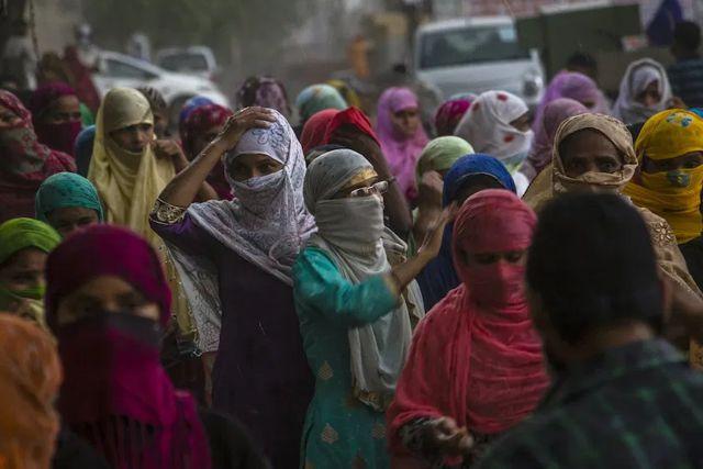 Encuentran que una mujer tenía cáncer en los testículos en la India