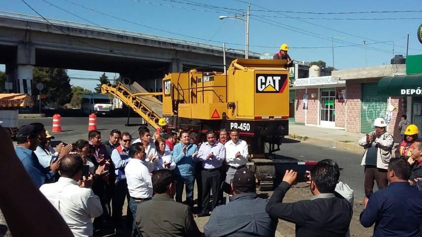 Alcalde mejora infraestructura carretero y mejora la imagen urbana del municipio