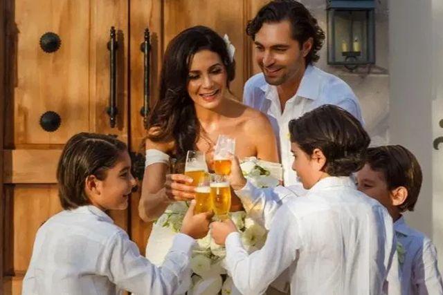 Critican a Patricia Manterola por darle alcohol a sus hijos en su boda