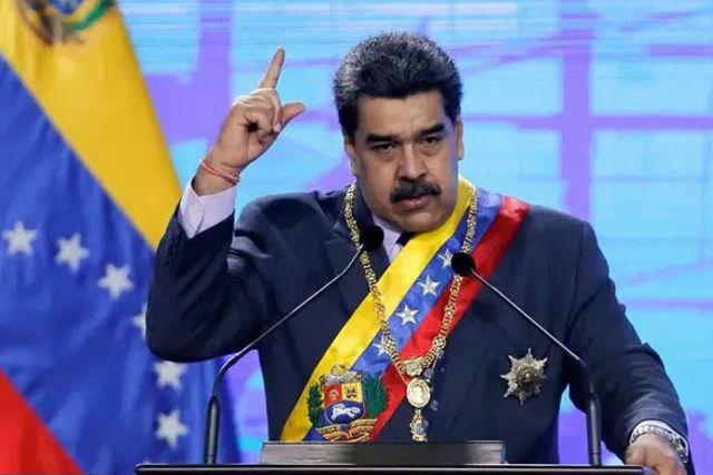 Maduro intercambiará vacunas vs Covid a cambio de petróleo