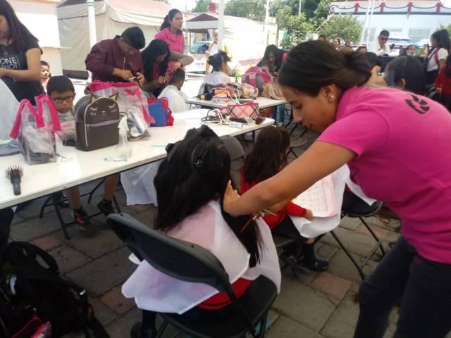 El DIF municipal de Amaxac clausura curso de estilismo