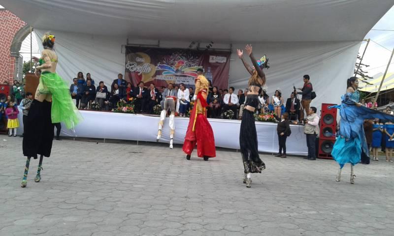 Arranco la feria Tetlanohcan Matlalcueyetl 2017 con un desfile
