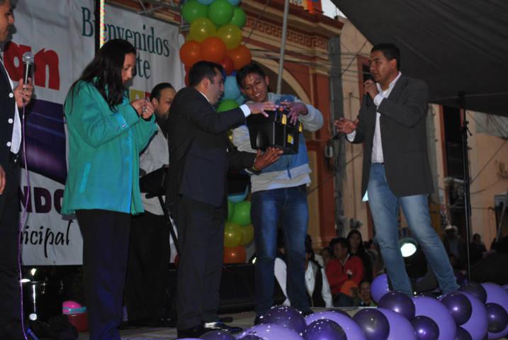 Con un gran festejo celebraron a la familia en Calpulalpan
