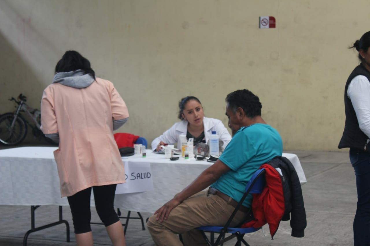 Ayuntamiento acerco la Feria de los Servicios para los adultos mayores