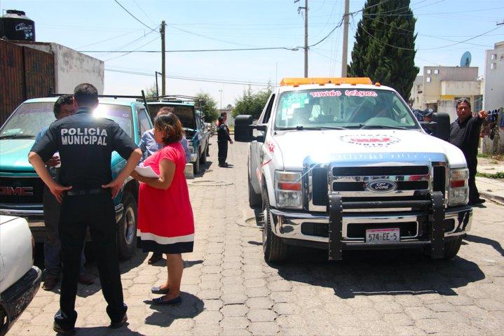 Inicia retiro de autos abandonados en la vía pública de Huamantla