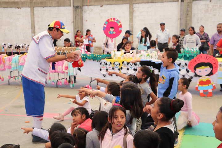 Clausuran con éxito en Xicohtzinco curso de verano del DIF Municipal