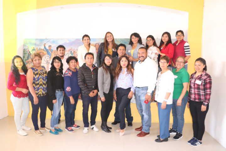 Capacitan a servidores públicos de Xicohtzinco en materia de violencia de género