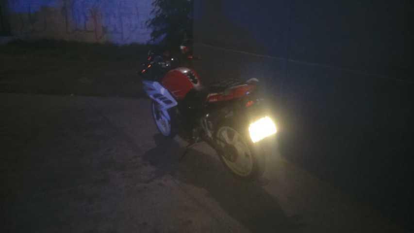 Logra Policía de Xicohtzinco recuperación de motocicleta