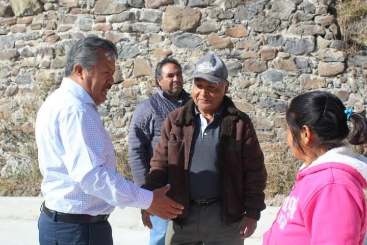 Alcalde inicia su 1er gira de trabajo supervisando obras en las comunidades