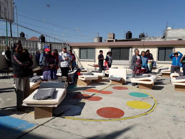 Ayuntamiento y PC del Estado apoyan a grupos vulnerables a mitigar el frio con insumos
