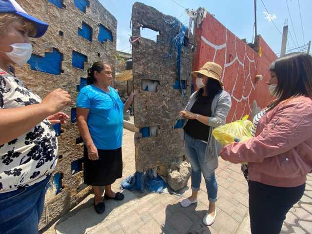 Entrega DIF de Xicohtzinco despensas a familias vulnerables por COVID-19