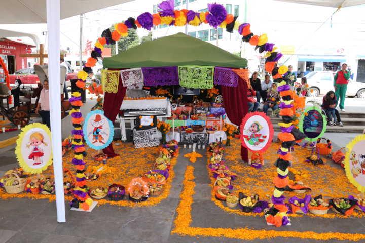 Preserva Xicohtzinco costumbres y tradiciones del municipio