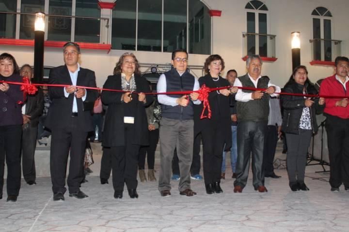 Con esta plaza principal impulsamos el desarrollo Tecuexcomac: alcalde