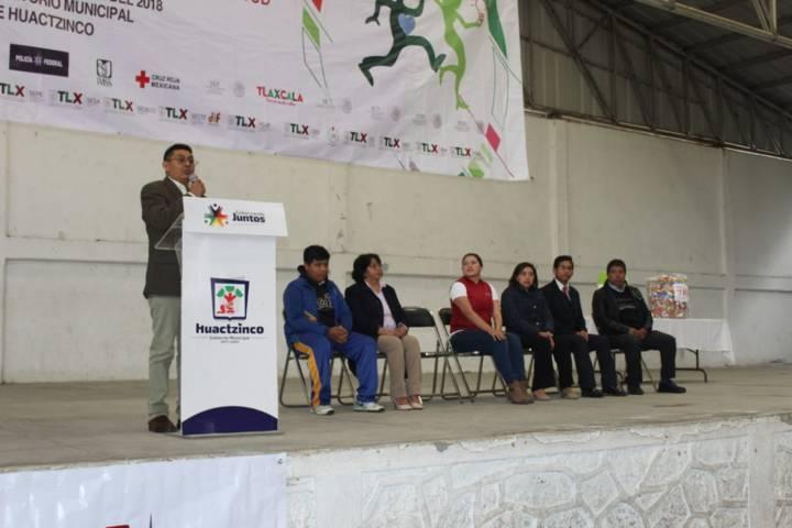 "Alcalde acerco la ""Caravana Trasversal"" a jóvenes del municipio"