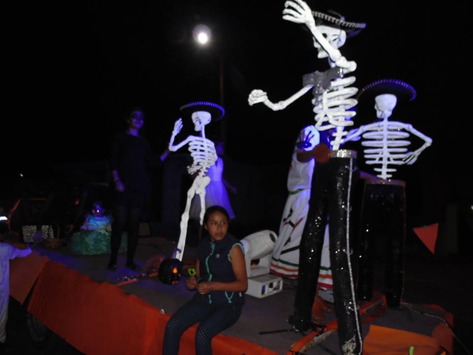 Todo un éxito fue el Desfile Nocturno y concurso de ofrendas: alcalde