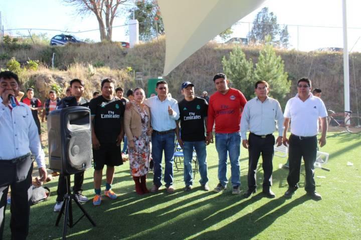 Valencia Muñoz impulsa el deporte con torneo de fut 7