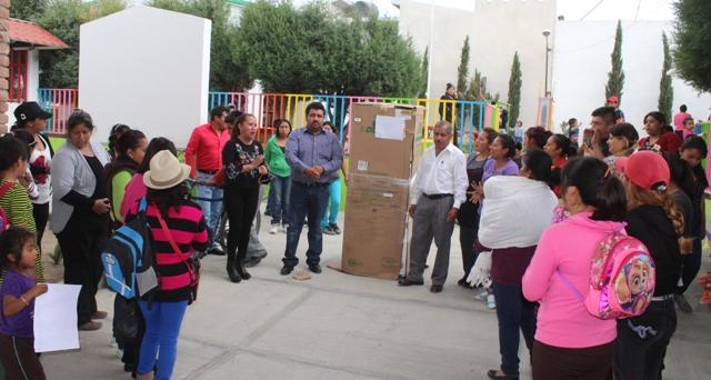 Alcalde de Lardizábal ofrece trabajo coordinado a instituciones educativas