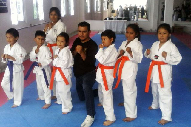 Gobierno Municipal de Tepetitla impulsa clases de taekwondo