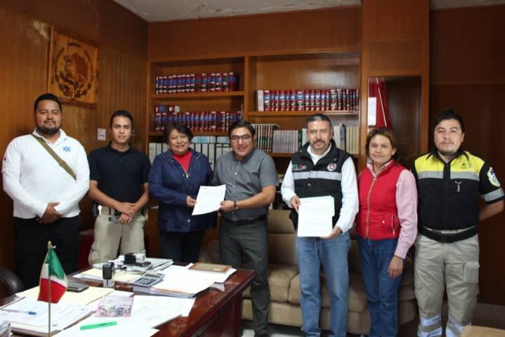 Ayuntamiento y PC del Estado signan convenio de apoyo ante cualquier fenómeno
