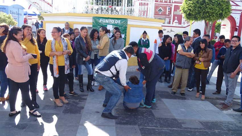 Participa Xicohtzinco en macro simulacro nacional