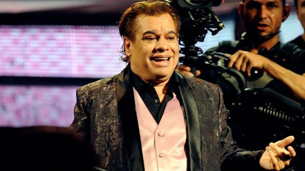Joaquín Muñoz afirma que Juan Gabriel está muy enfermo