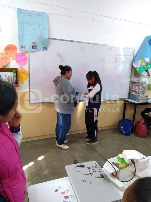 El SMDIF fomenta valores de amor y respeto entre alumnos del municipio