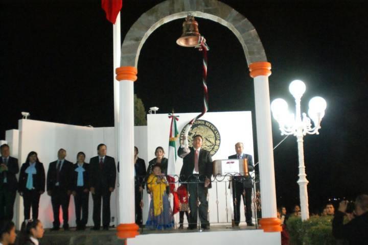 Vázquez Morales encabezó festejos del 15 y 16 de septiembre