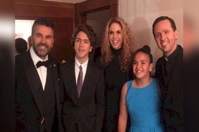 Hijo de Lucero sorprende en redes sociales con su cambio de look