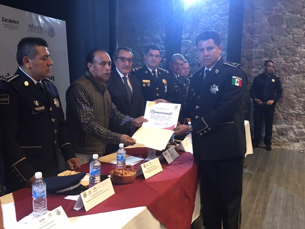 Gendarmería profesionaliza a 123 policías de 23 municipios de Tlaxcala