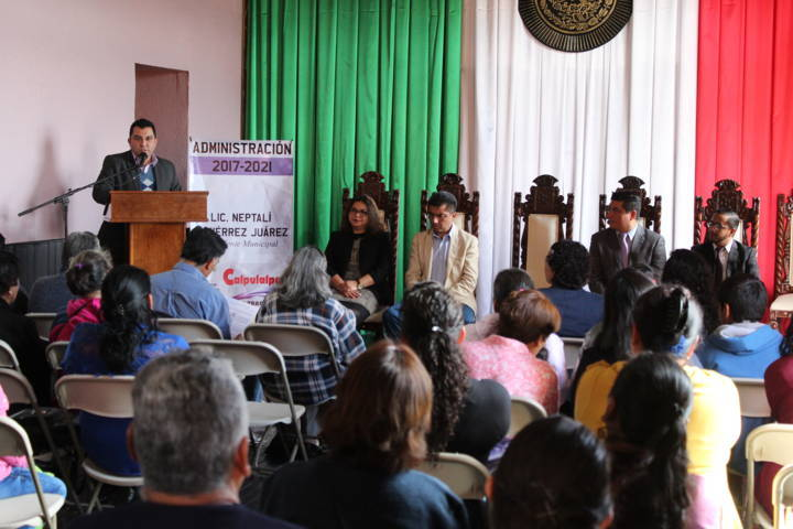 Alcalde acerca campaña de corrección de actas de nacimiento a personas vulnerables