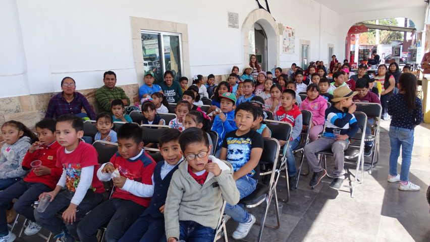 Asisten más de 80 niños de Xicohtzinco a la Caravana Cultural
