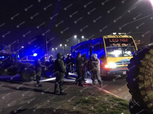 Policía municipal, estatal y del ejército hicieron un operativo en el trasporte público