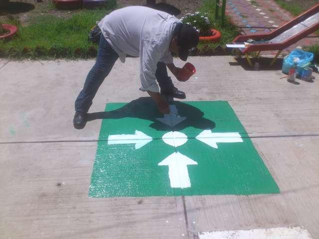 Inicia PC de Lardizábal pinta de rutas de evacuación en instituciones educativas