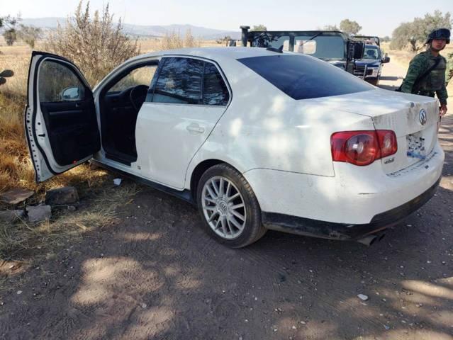 CES y Sedena aseguran  un vehículo y dos armas de fuego en Ixtacuixtla