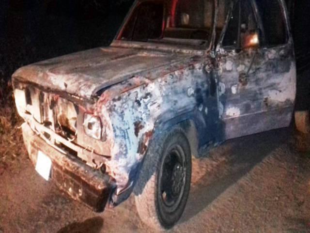Aseguran dos  camionetas con bidones e hidrocarburo ilegal en Calpulalpan