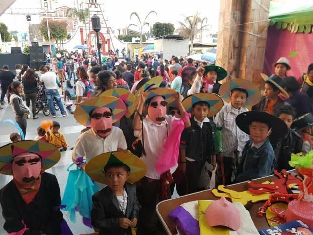 Invita Gobierno de Xicohtzinco a participar en el Carnaval En Tu biblioteca
