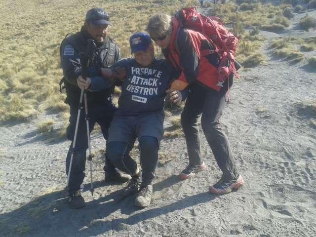 Atiende Policía Estatal a persona lesionada en la montaña proveniente de Rusia