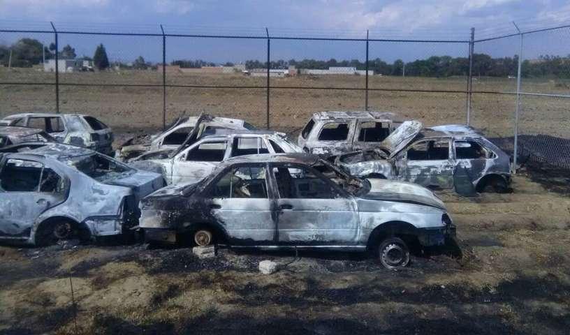 Lamenta edil de Tepetitla quema de patrullas y vehículos oficiales