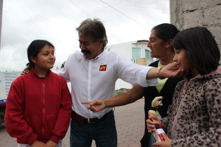 Arremete Reyes Ruiz contra candidatos sin identidad partidista